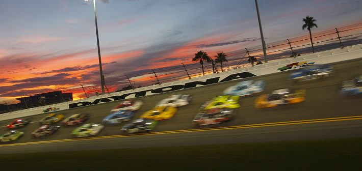 Big Crash Ends McMurray's Run at Daytona