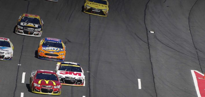 McMurray returns to top 10 form at Charlotte