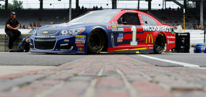 McMurray Rebounds After Wreck to Finish 15th